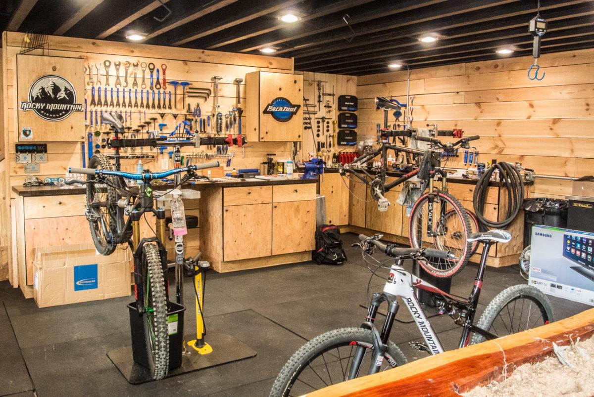 I wish my home shop looked like this (photo: Aaron Chamberlain)