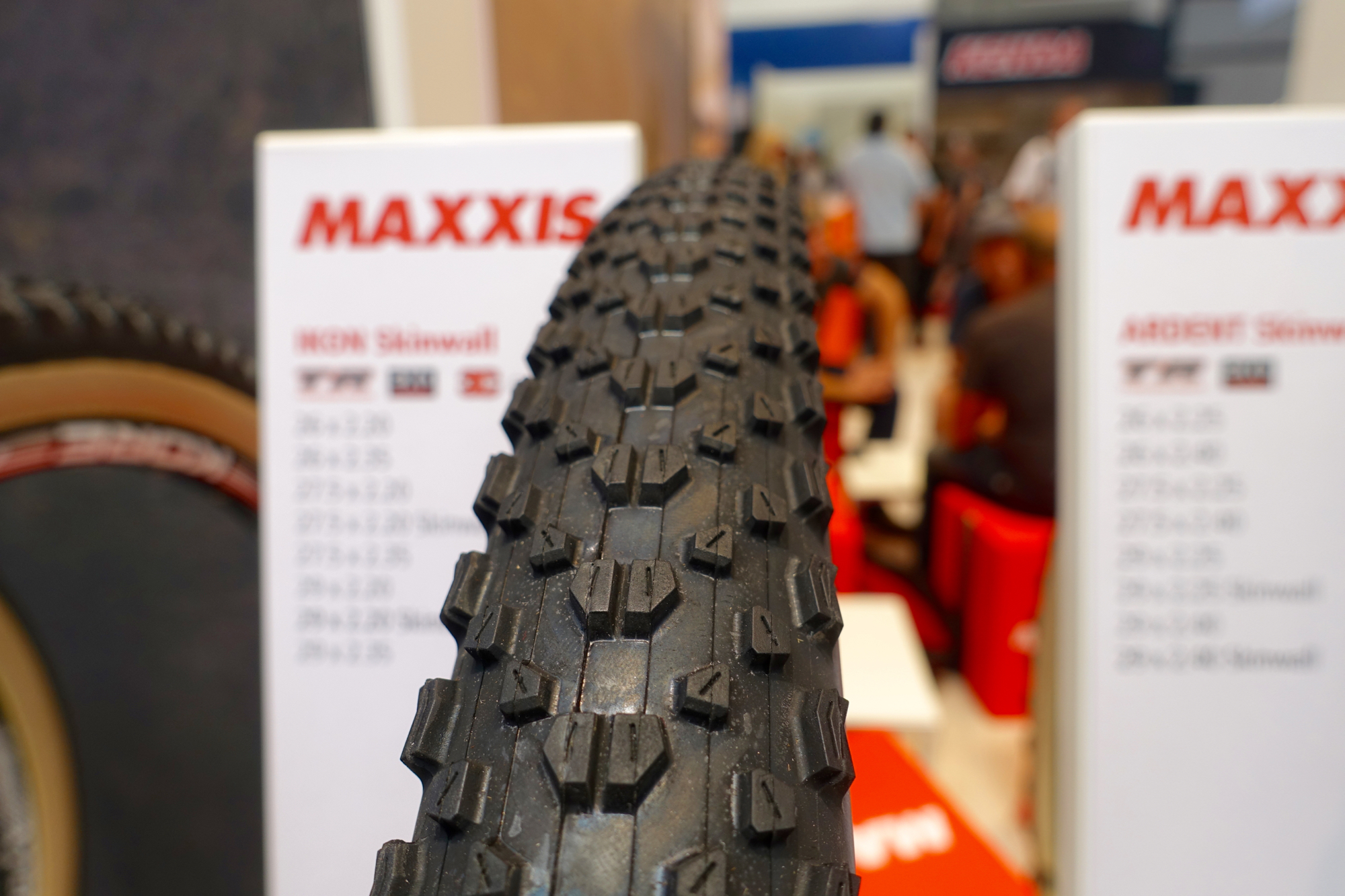 Maxxis Adds Ikon to Skinwall Tire Line - Singletracks Mountain Bike ...