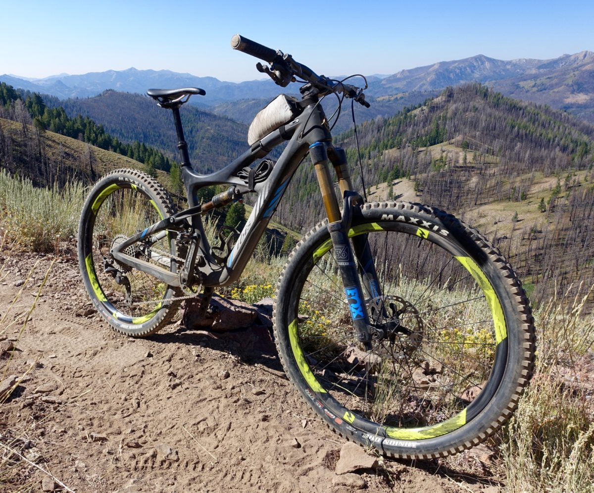 reynolds 27 5 enduro carbon wheels test ride review. Black Bedroom Furniture Sets. Home Design Ideas