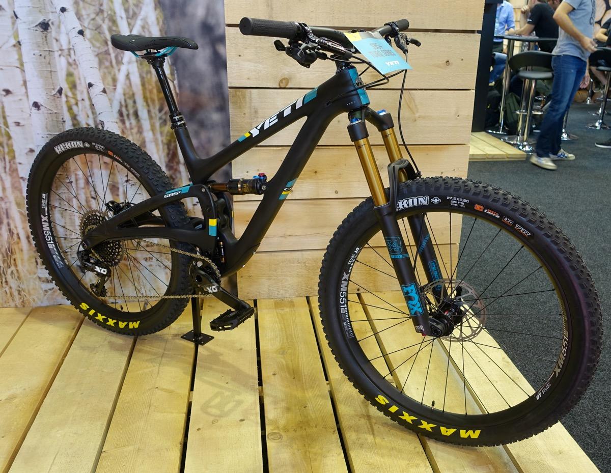 Yeti Releases Their First 27.5 Plus Bike, the SB5+ - Singletracks Mountain Bike News