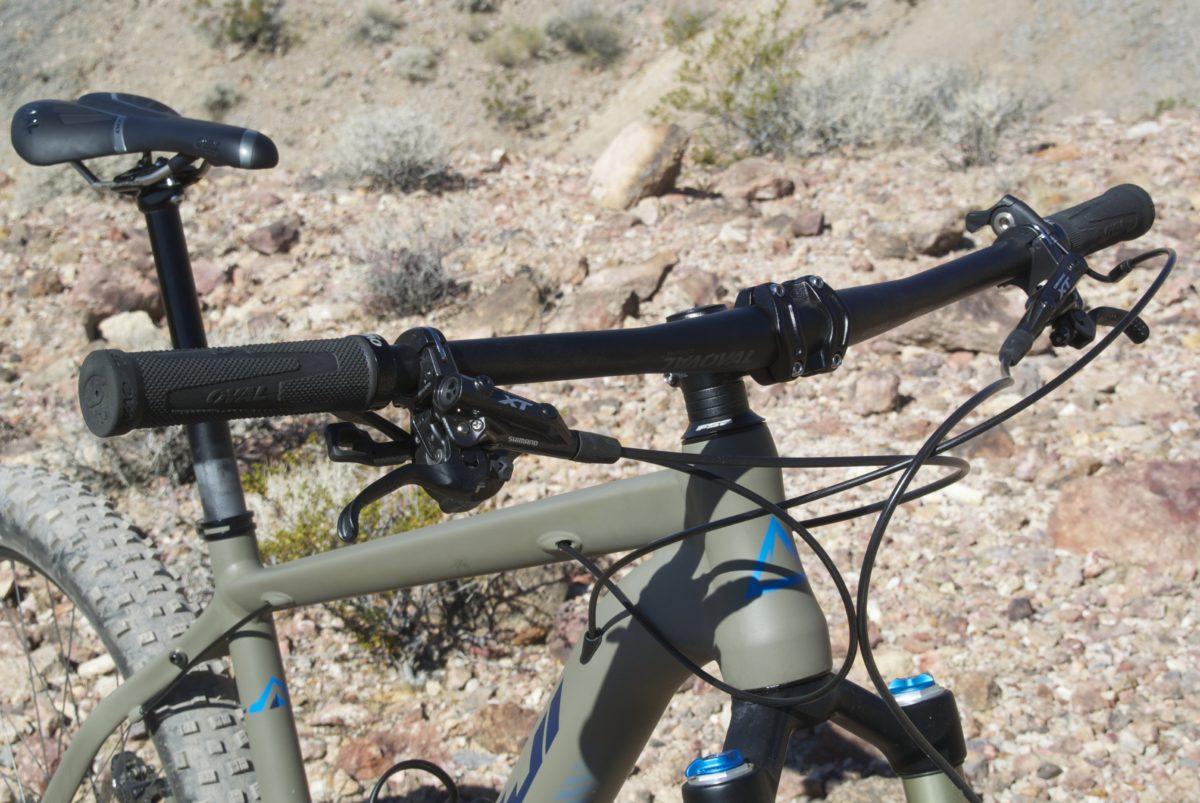XT brakes; Oval cockpit (photo: Aaron Chamberlain)