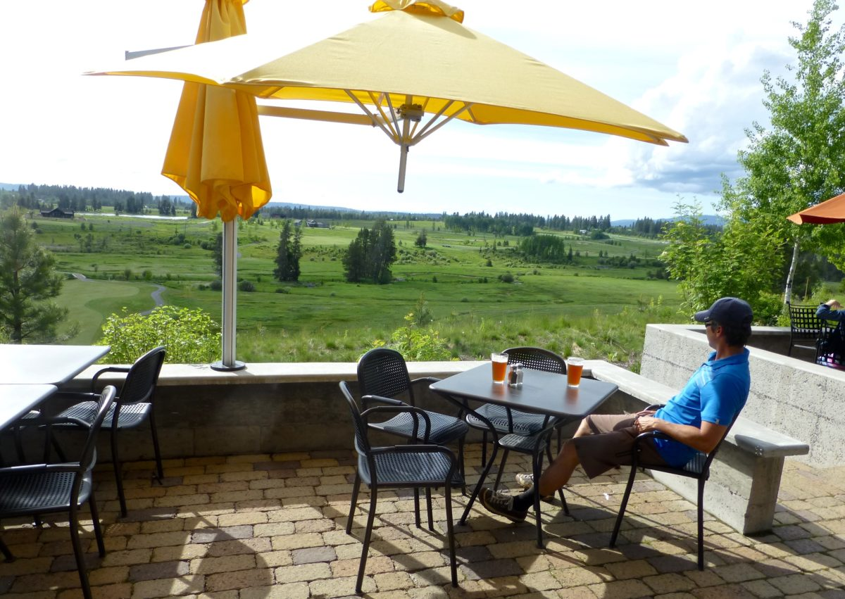 Finish your ride with a cold beer and tasty burger at the clubhouse patio overlooking the golf course and scenic Valley County.