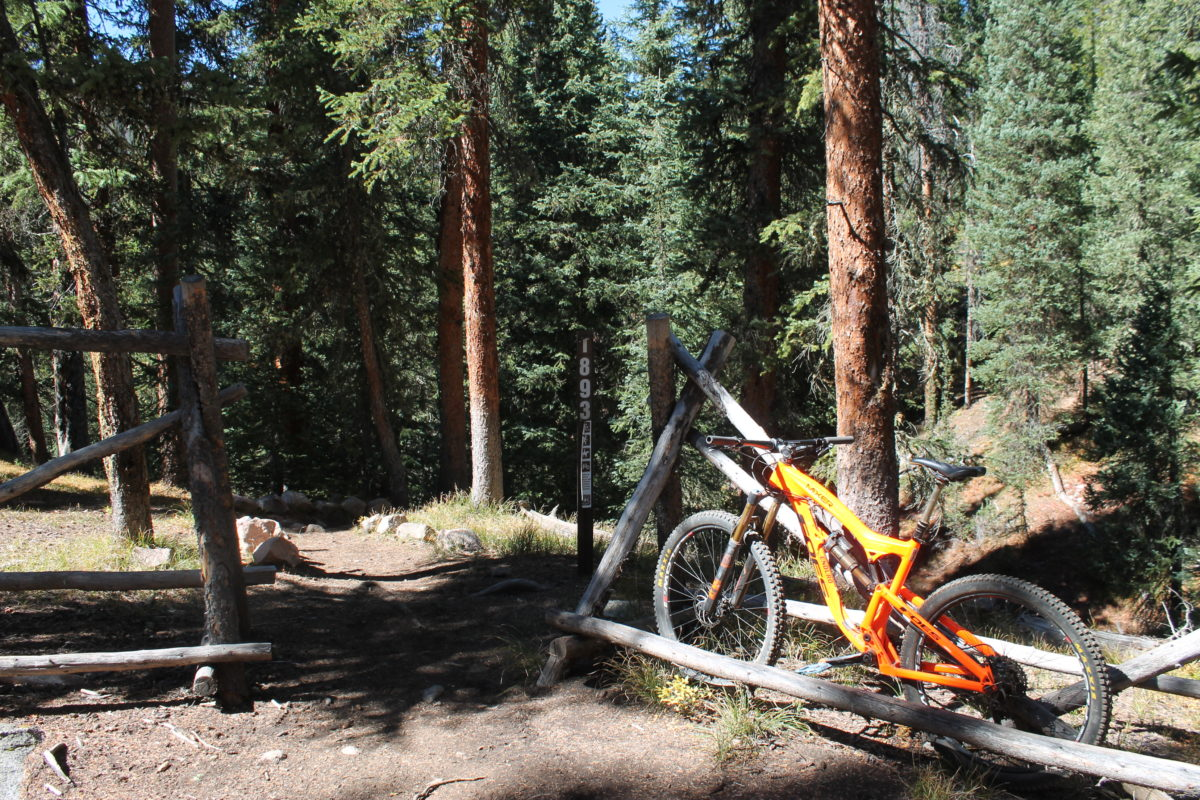 The eastern trailhead for the Lost Lake trail; not easy to find.