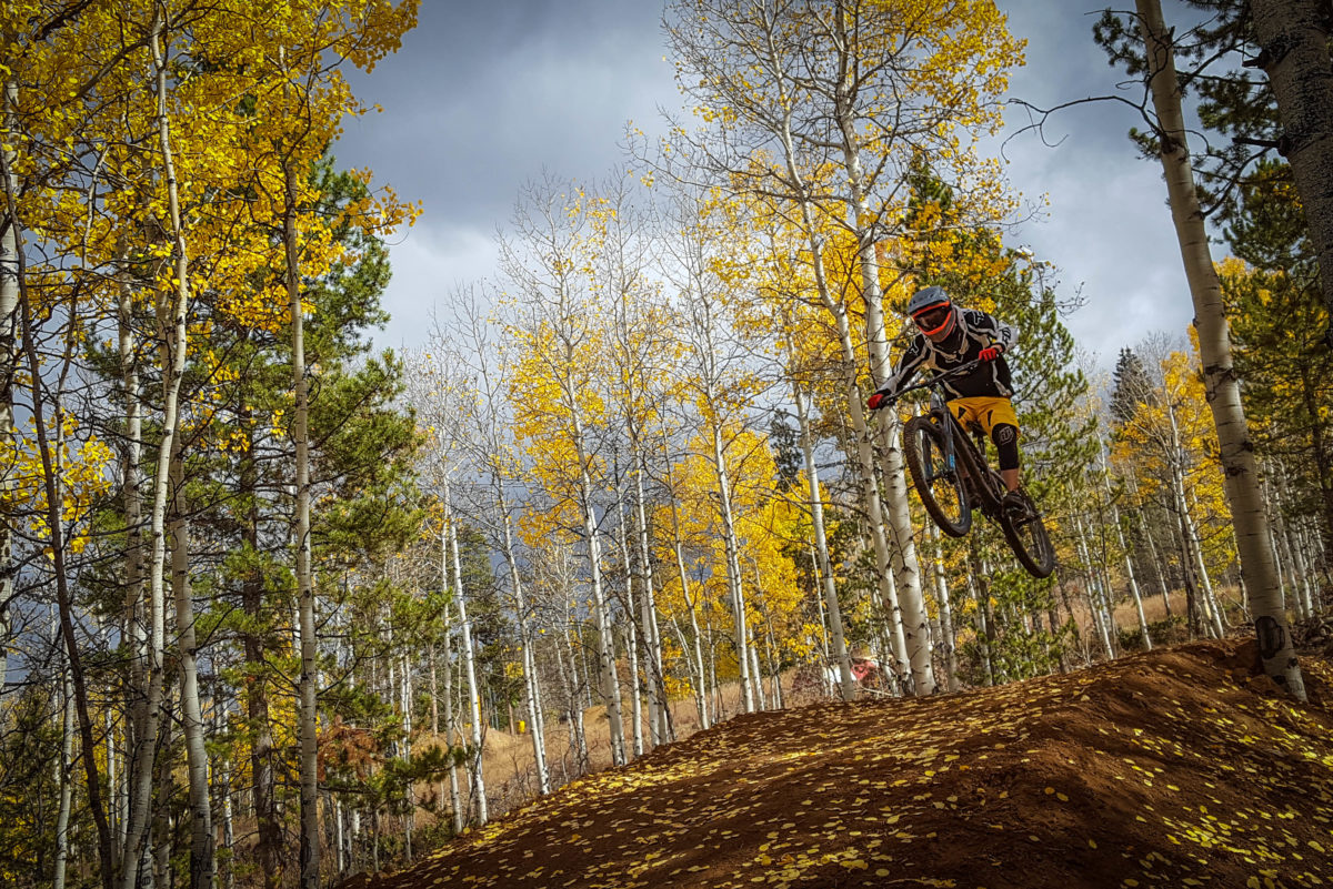 Maintaining a neutral posture is important to maneuvering the bike in the air. Rider: Brian B
