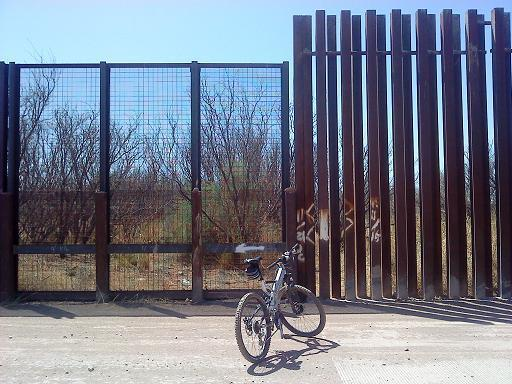 Mexican Border Loop