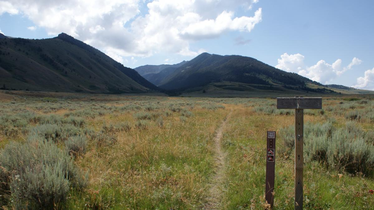 Mile Creek Trail