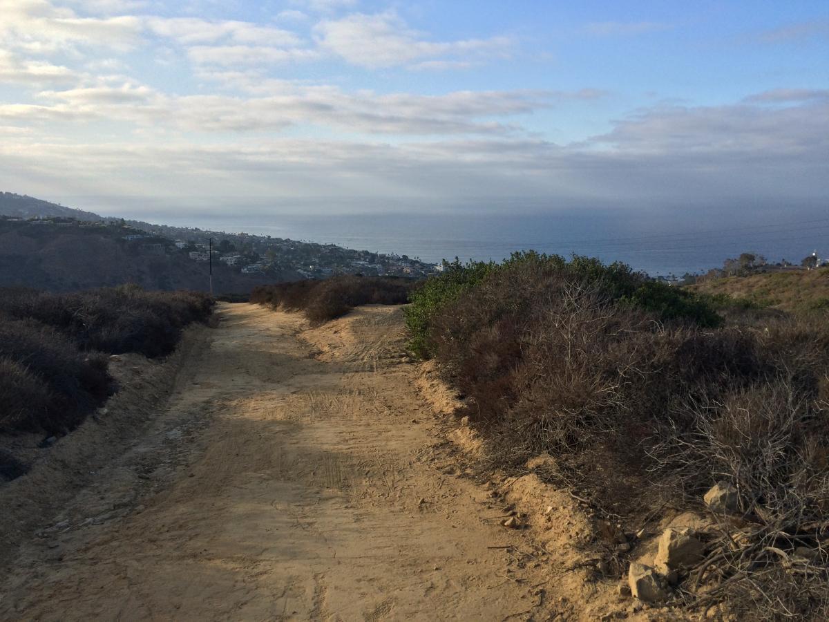 Laguna Bowl Trail