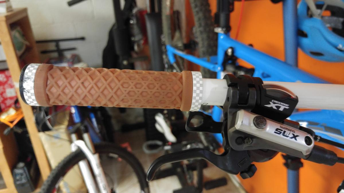 ODI ODO Vans lock on grips