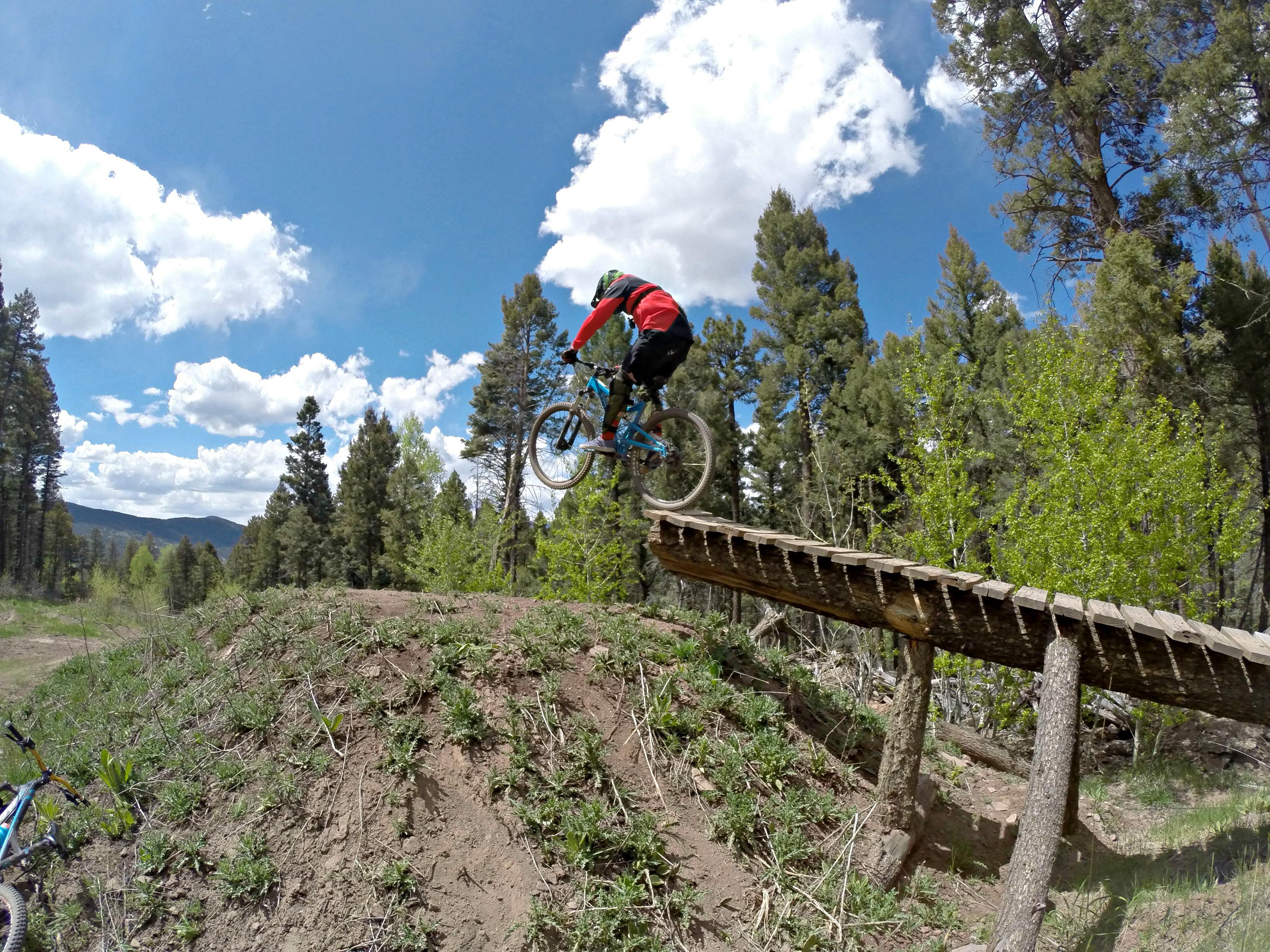 angel fire singles Angel fire bike park's fire 5 is the premier downhill race series in the rocky  mountains a series of five  singles on friday 9/14 starting at 10 am men's and .