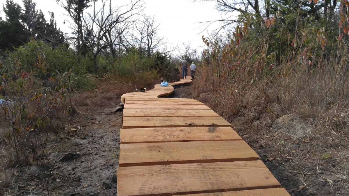 Skyline Park - Burnetts Mound Trail