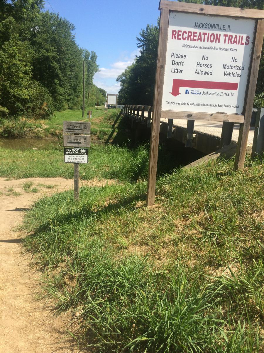 Mauvaise Terre Creek Trail