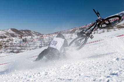 snow-bike-crash.jpg