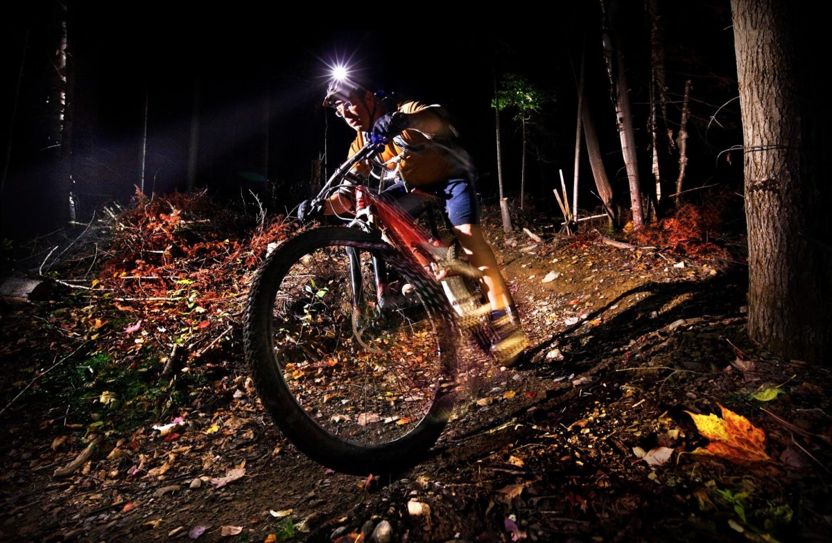 10 Reasons to Mountain Bike in the Dark
