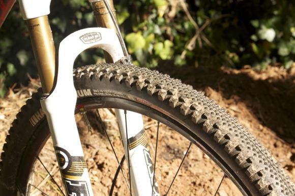 29er Mountain Bike >> Kenda Happy Medium MTB Tire Review - Singletracks Mountain ...