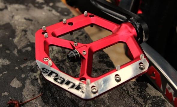 spank_spike_pedal