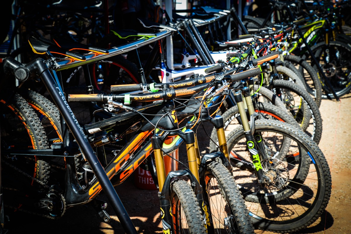 Bikes galore to try from several different vendors, including direct to market companies like Polygon and Fezzari