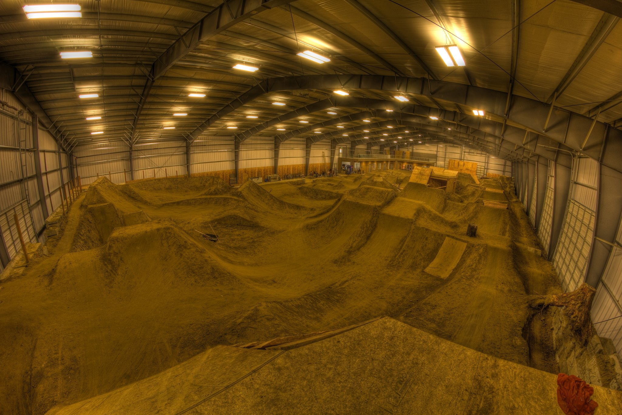 Snow Dirt Bike >> 9 Great North American Indoor MTB Parks to Mix Up Your ...