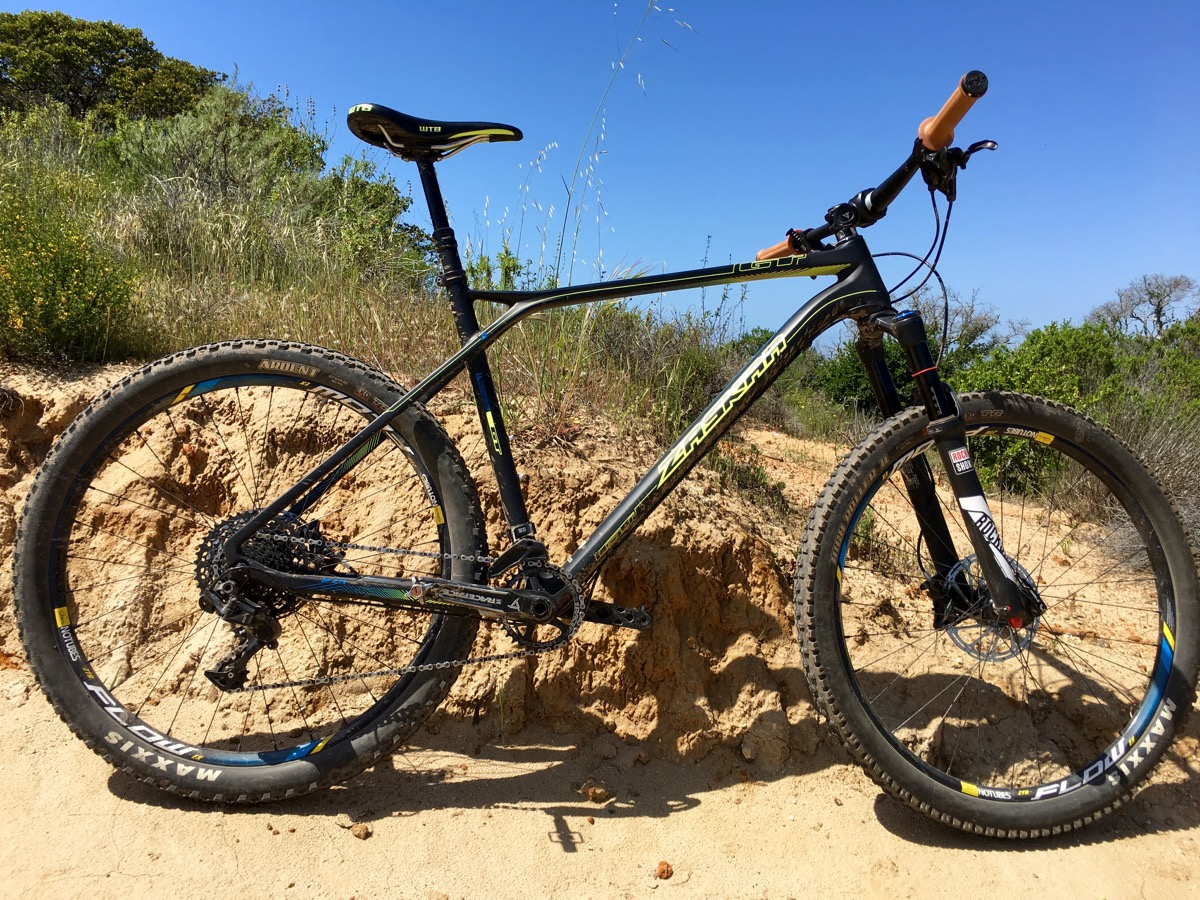 gt zaskar carbon test ride review singletracks mountain. Black Bedroom Furniture Sets. Home Design Ideas