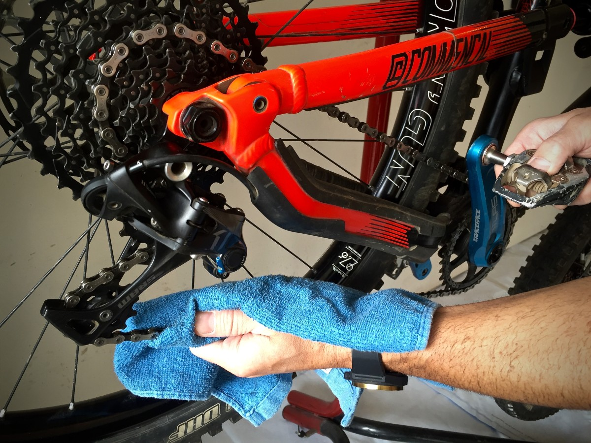How To Lube Your Chain: A Beginner's Guide