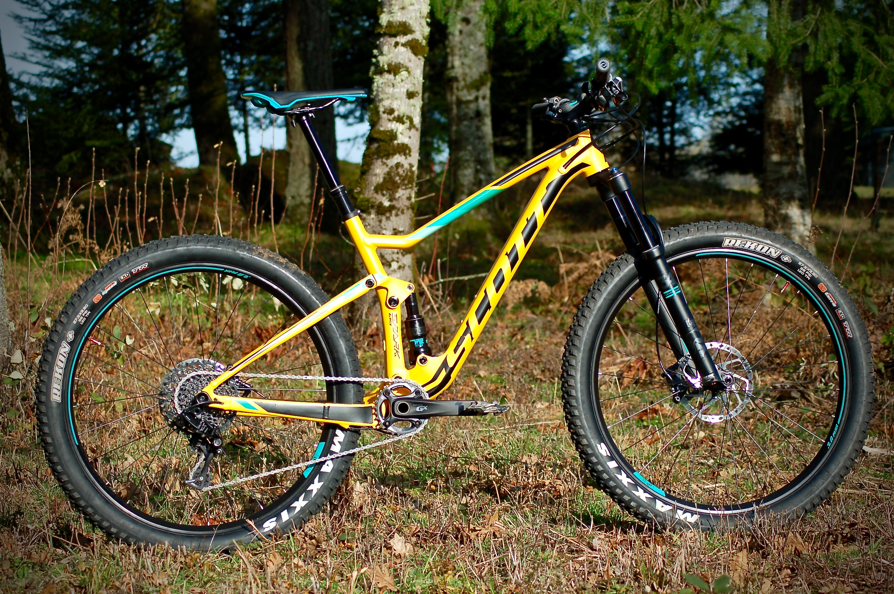 eb0677f2069 Scott makes no mention in regards to 29er wheel compatibility for the Spark  720 Plus, but does state so for their Genius Plus line.