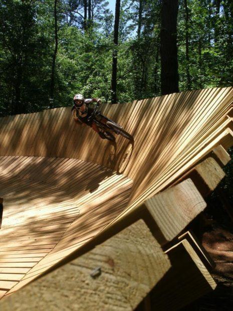photo: GoldenGoose. rider: Greg Heil