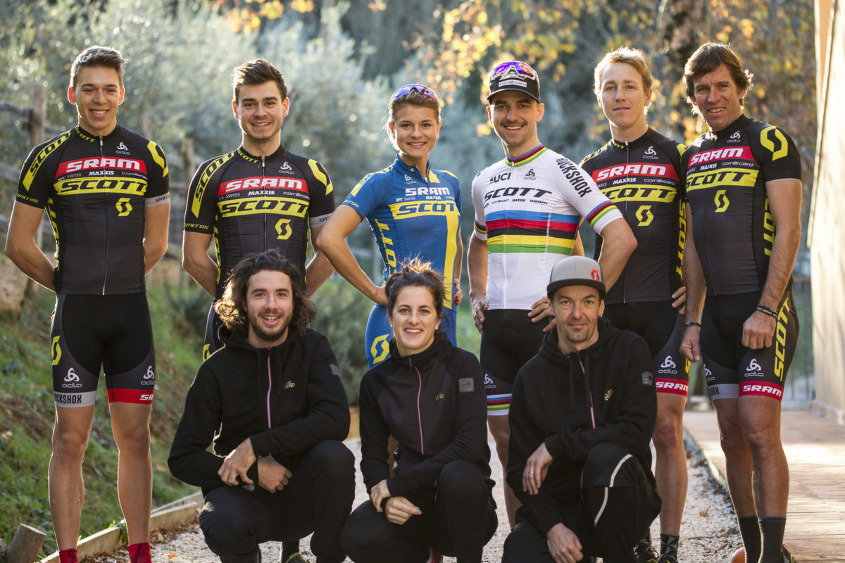 The 2017 SCOTT-SRAM Team (photo: Christophe Margot)