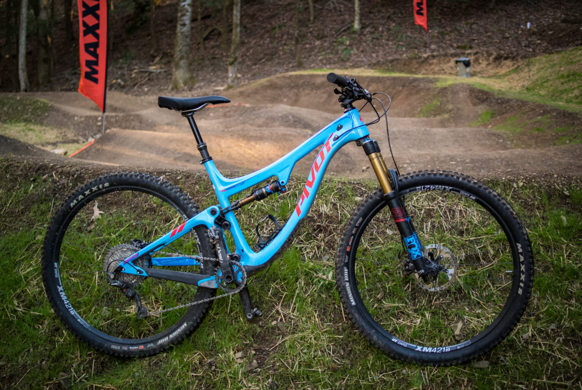 I chose to ride Pivot's new Switchblade trail bike; 135mm rear travel, 150mm front