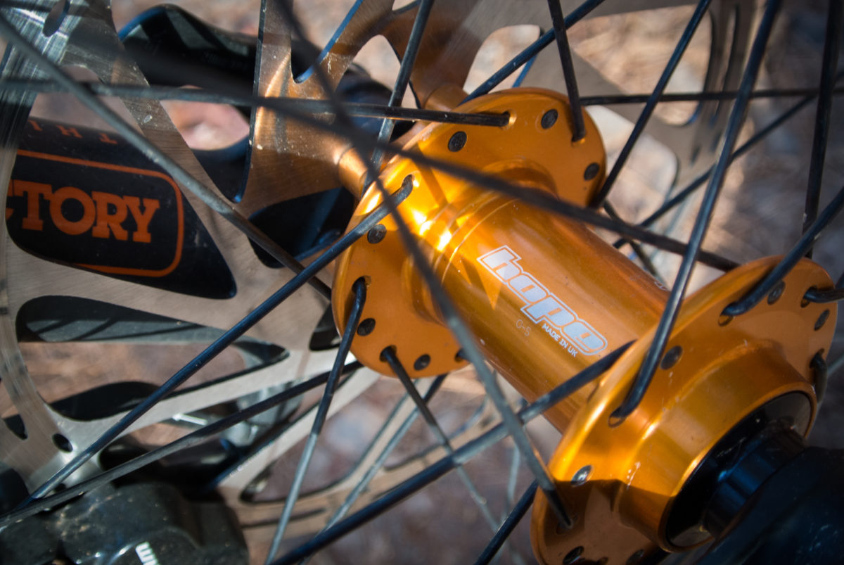 Hope Pro 4 hubs were laced to RaceFace Arc 30 rims