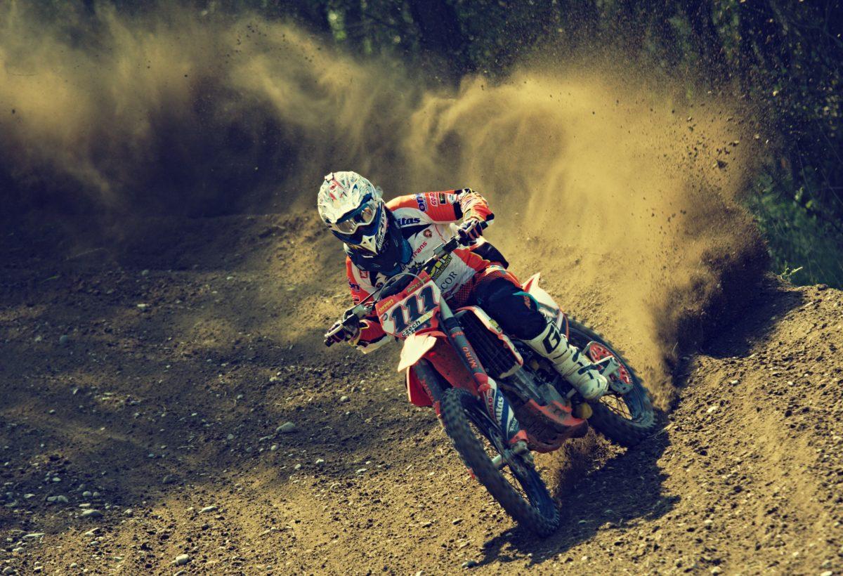 bike-rider-1868996