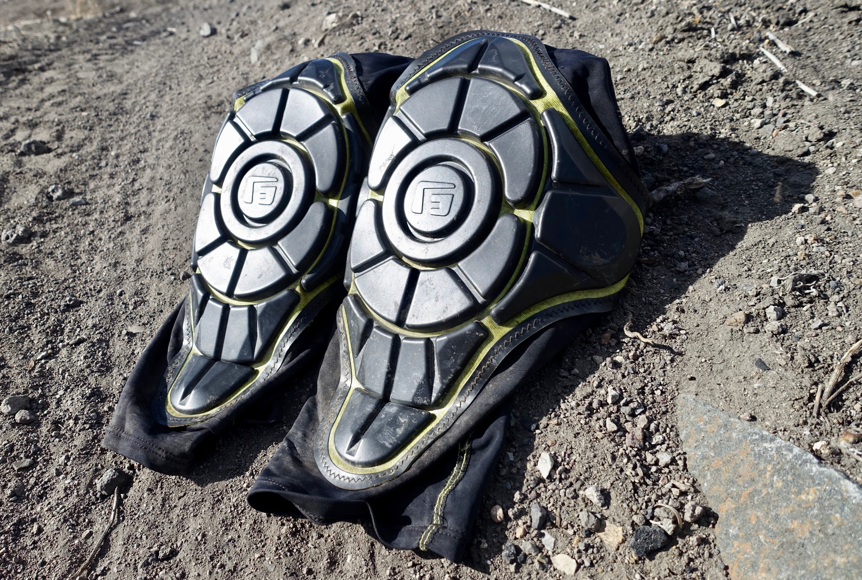 Review: G-Form Pro-X Knee Pads Crash Tested - Singletracks ...