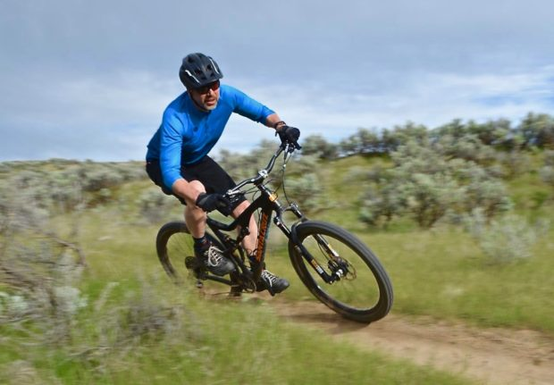 d16293737 jersey Archives - Singletracks Mountain Bike News