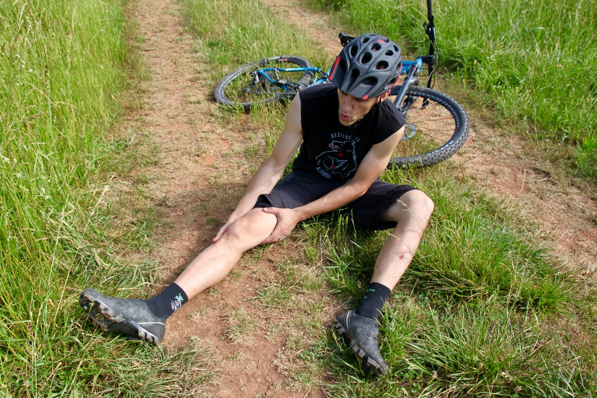 How to Prevent Leg Cramps When Mountain Biking (Tips to Avoid Cramping)