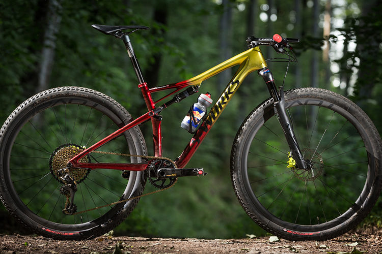 Review: The Specialized Epic Expert is All Business