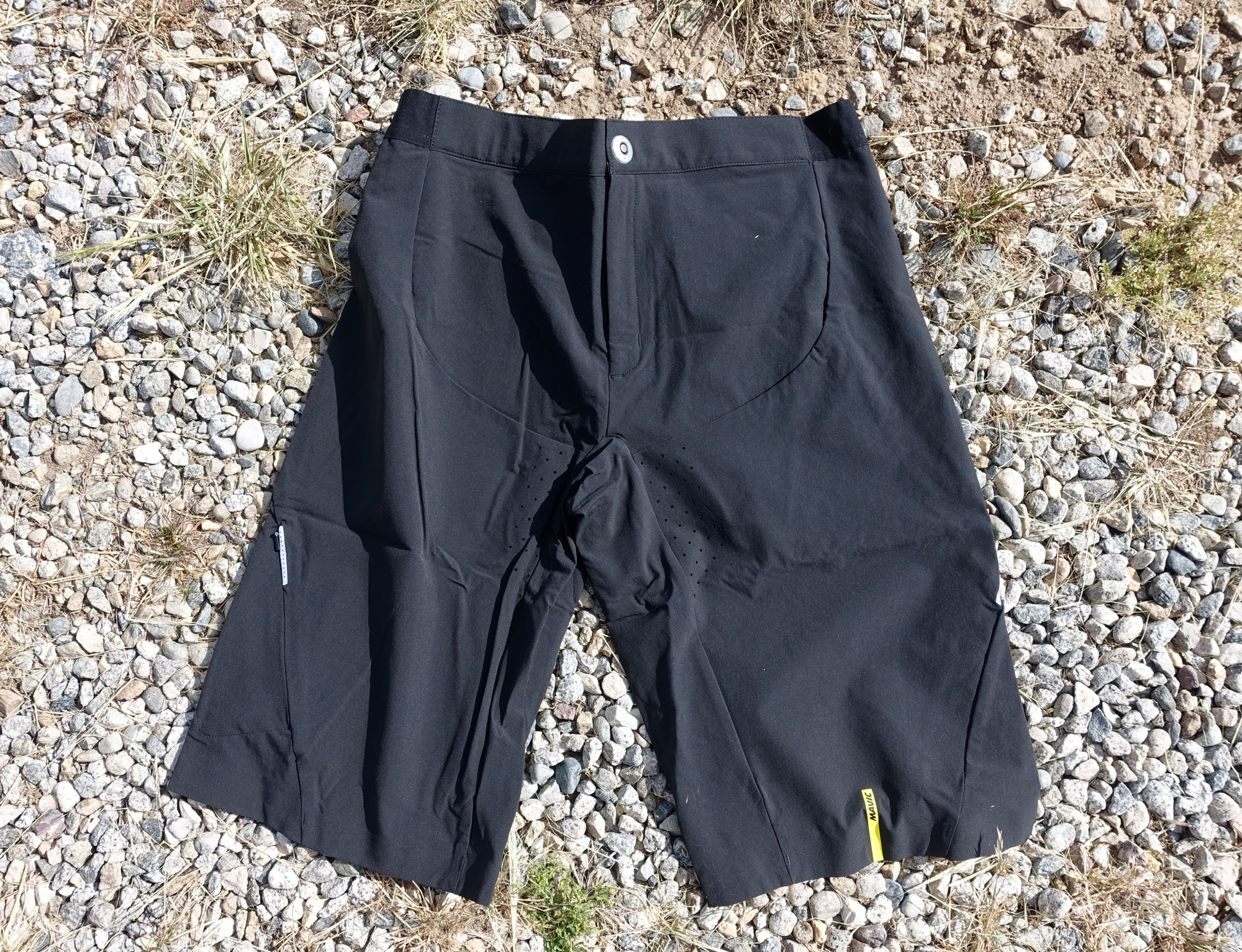 Mavic s XA Pro Shorts Provide Superb Comfort in a Lightweight Package – A  Review 981cbd152