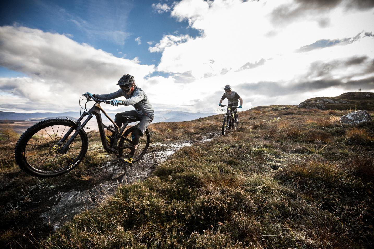 Canyon Updates Spectral Trail Bike, Drops Price - Singletracks Mountain Bike News