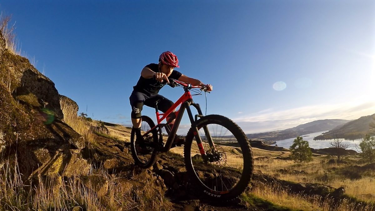 deb8de9a6eb After three months aboard the Cannondale Trigger, I just had to spend some  time on its bigger brother, the Jekyll. Like the Trigger, the 2017 Jekyll  was the ...