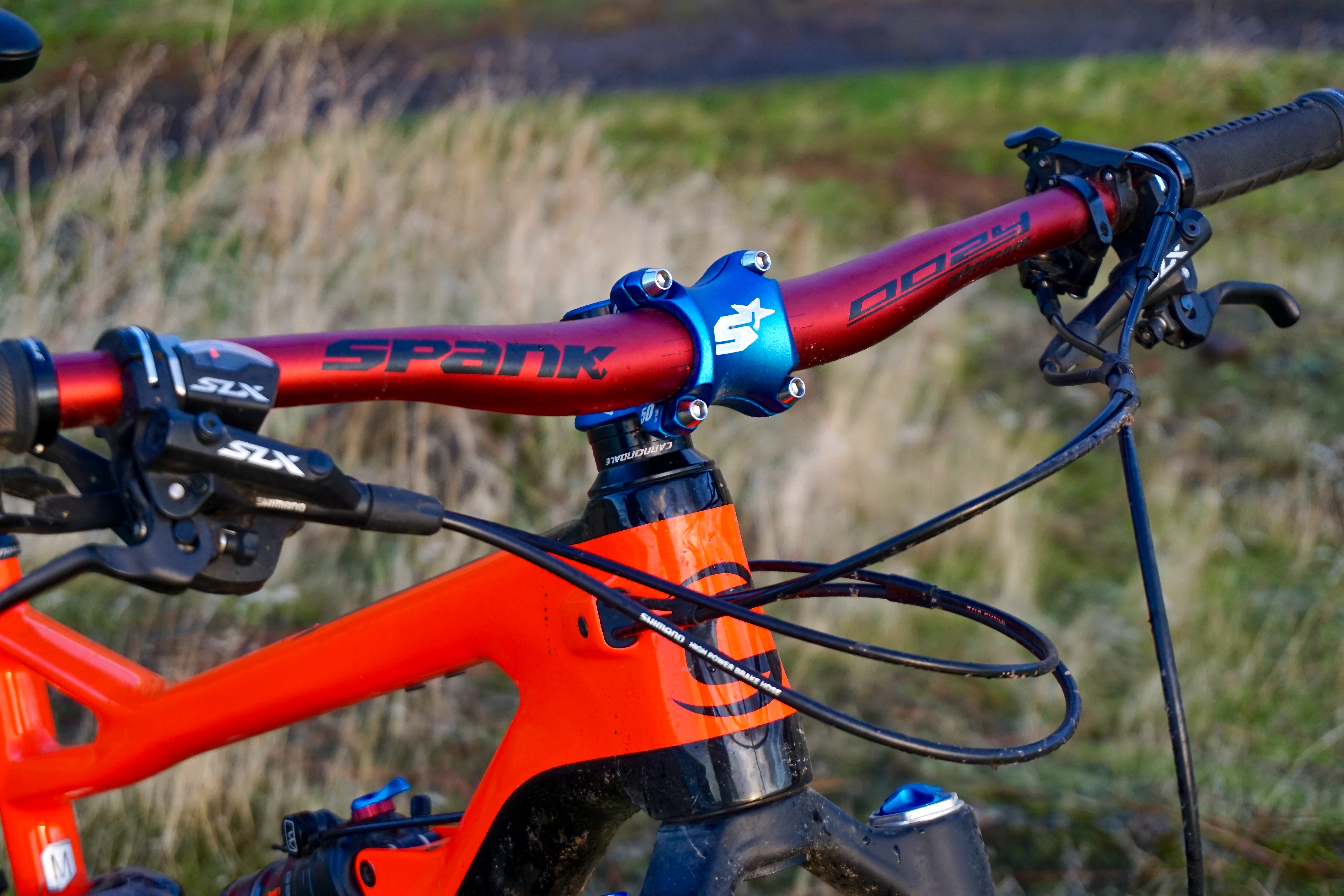 Spank Industries' Green Filler Is the Carbon Killer: Review of the Oozy Trail 760 Vibrocore Bar