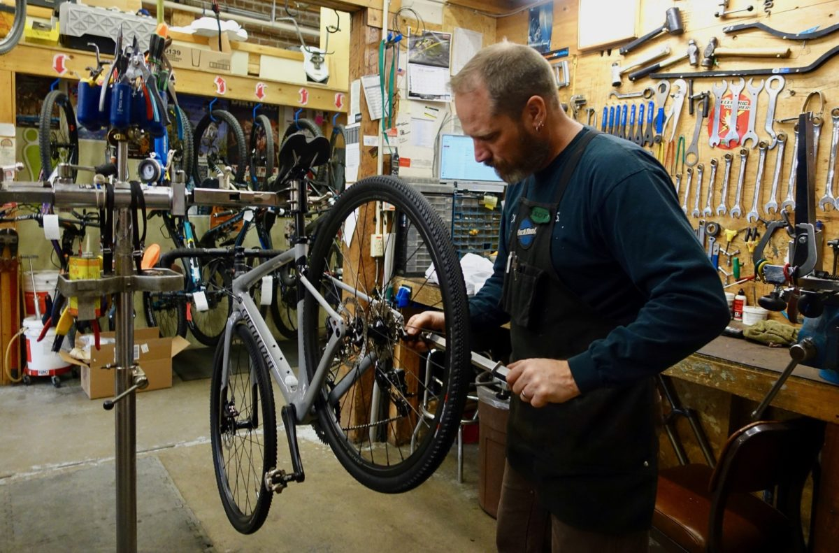 how to get a bike industry job