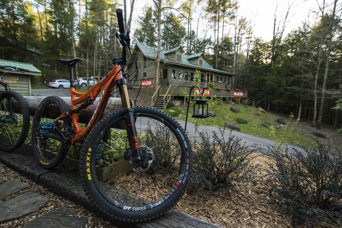 2909233e2b7 10 of the Best Mountain Bike Trails in the Chattahoochee National ...