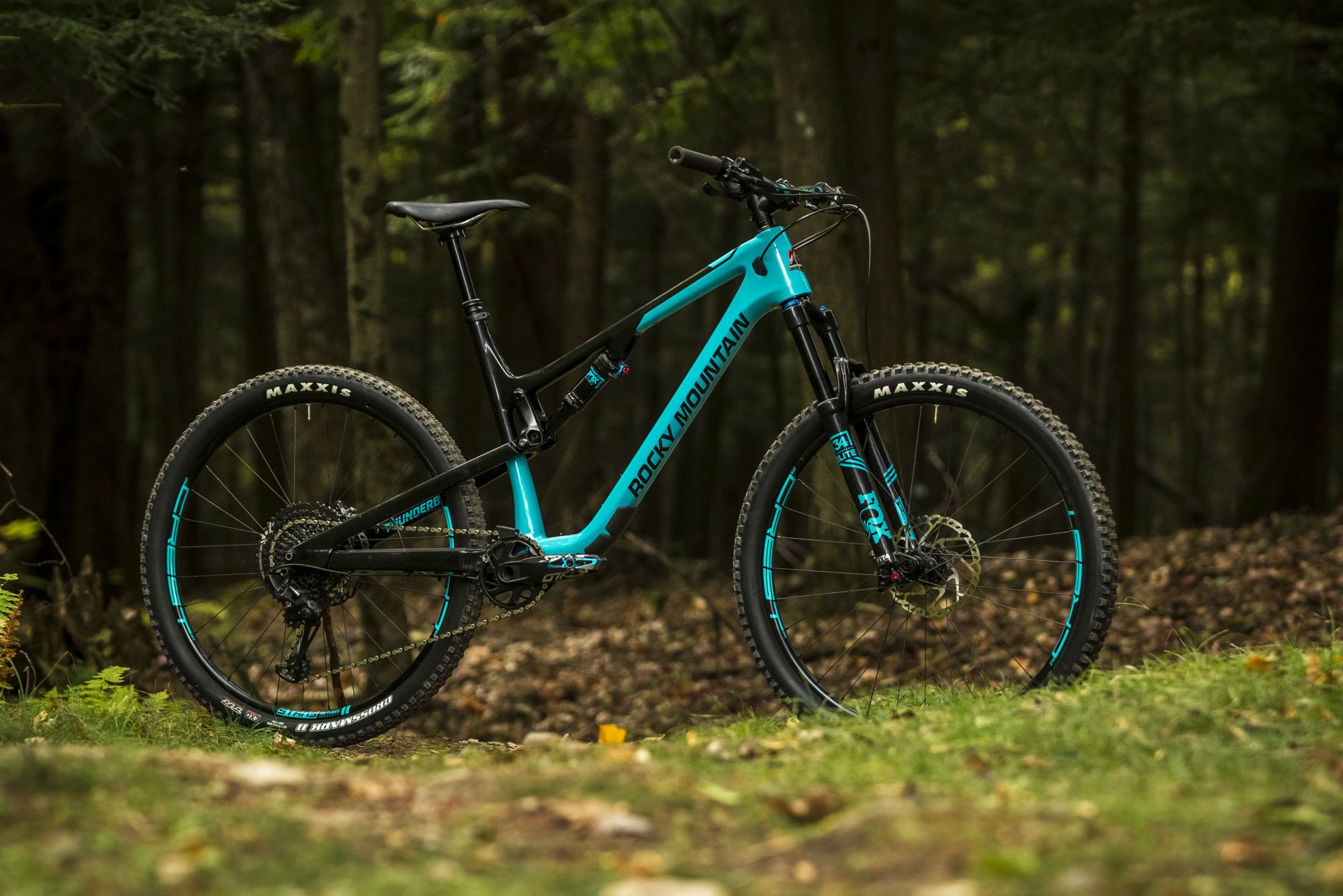 921ef5749c8 Rocky Mountain Revamps Thunderbolt XC Trail Bike, Increases Suspension  Travel for 2018