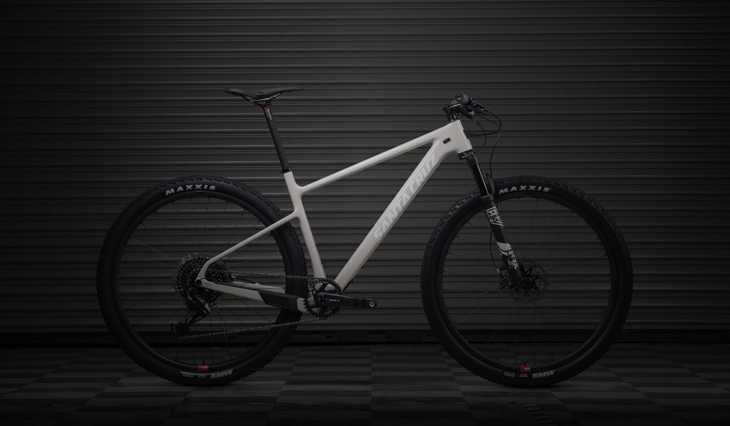 The Santa Cruz Blur Is Back Plus A New Highball 29er
