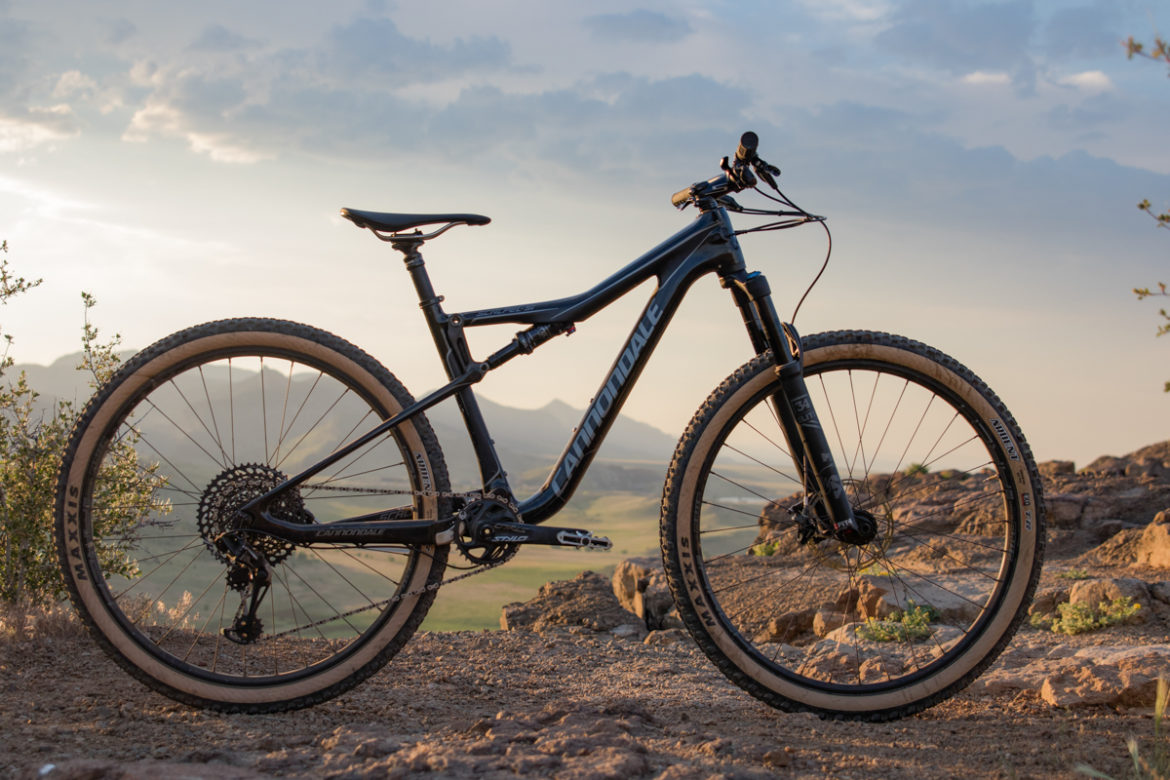 Review: The Cannondale Scalpel SE2 Mountain Bike Carves Trail