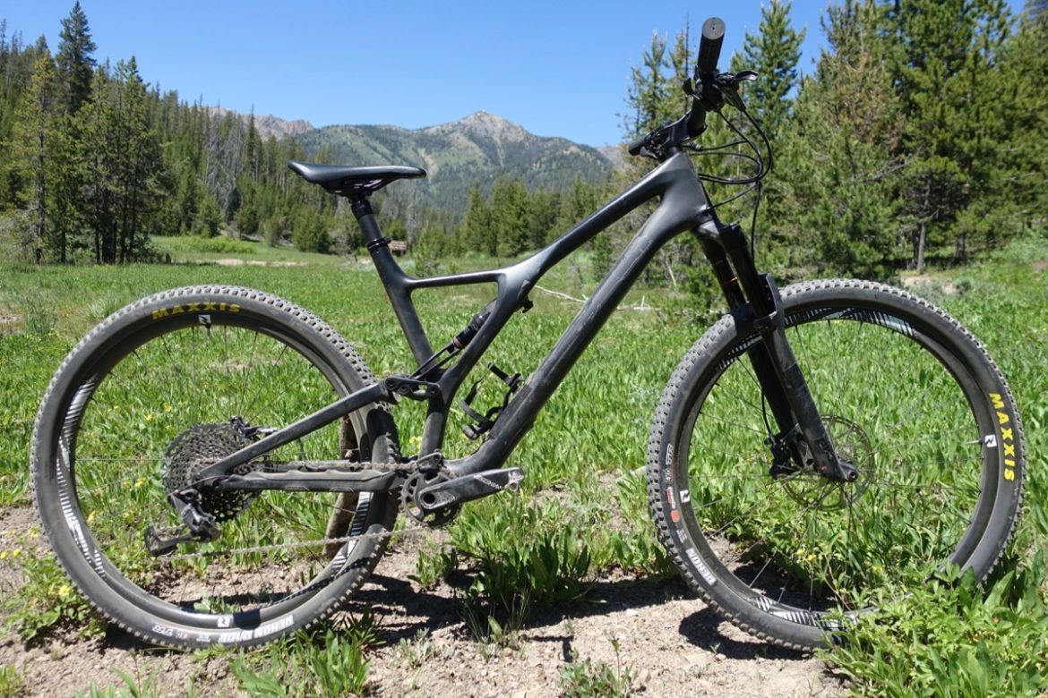 f3f370acc17 2019 Specialized Stumpjumper Expert 29 Test Ride Review ...