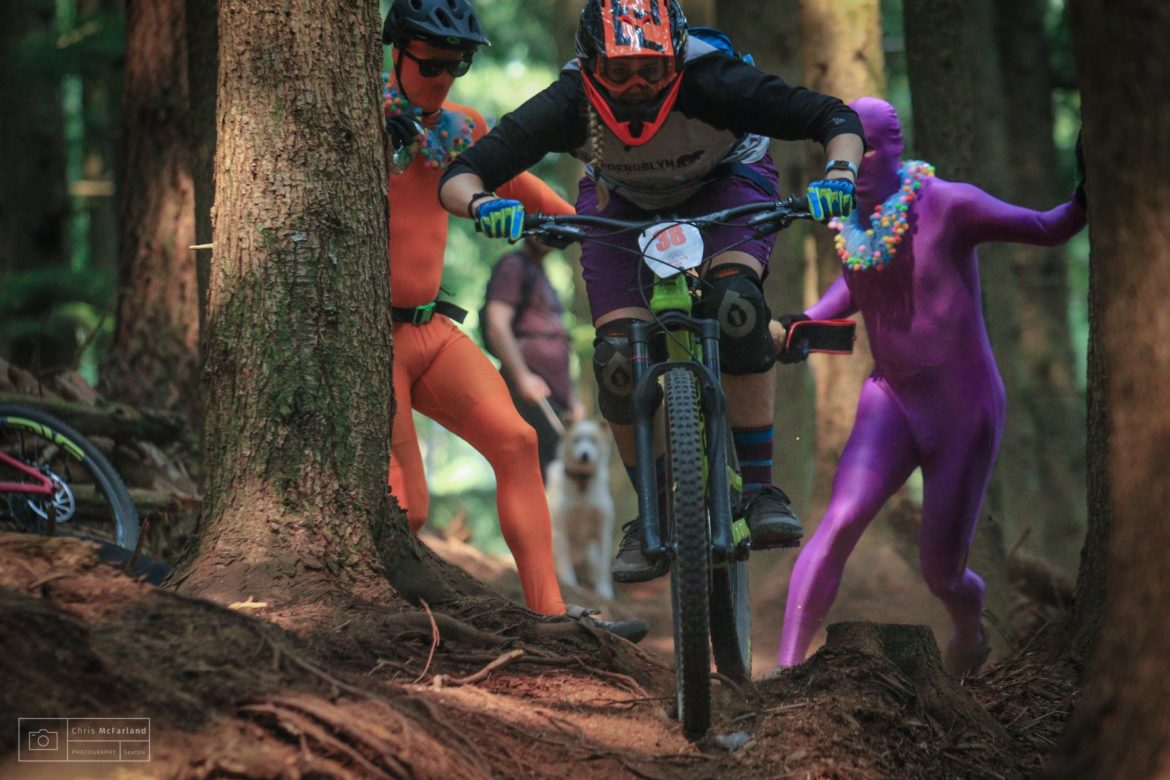 Women's Race Series: It's So Sturdy, So Dirty, and Undoubtedly Enduro!