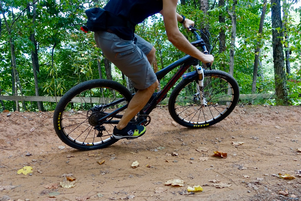 Can I Run A Wide Tire On My Rim Mountain Bike Rim Widths De Mystified Singletracks Mountain Bike News