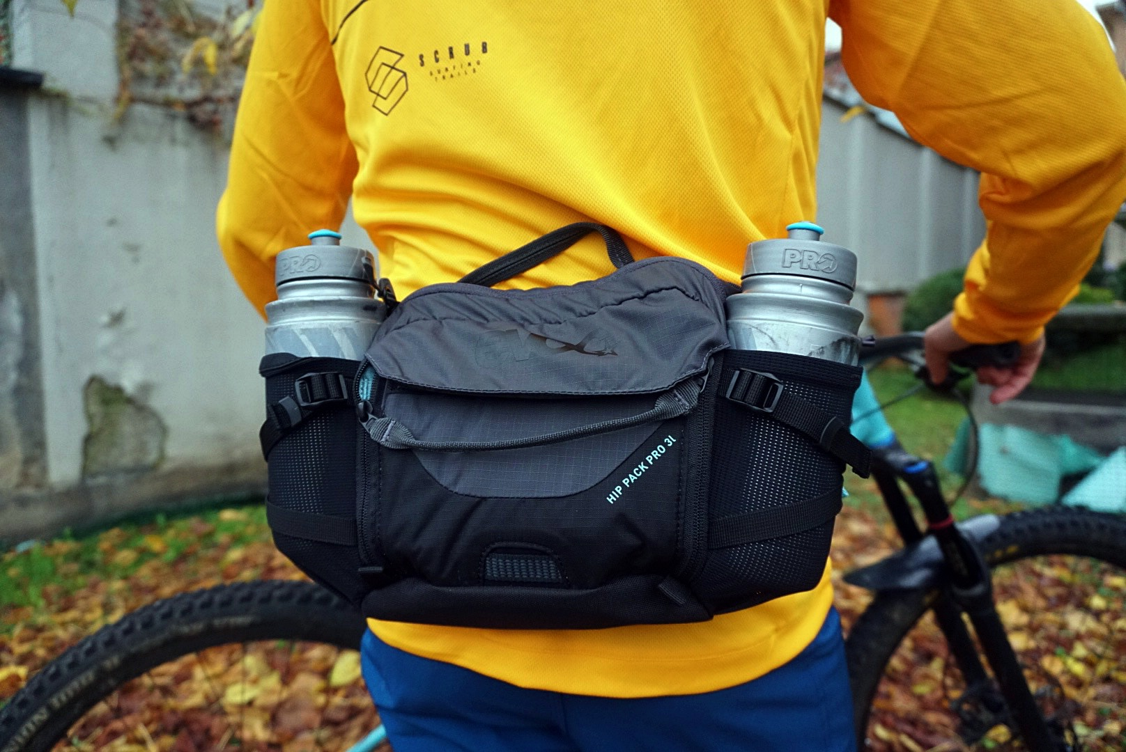 Hip Pack Pro 3lt waist bag green EVOC Race