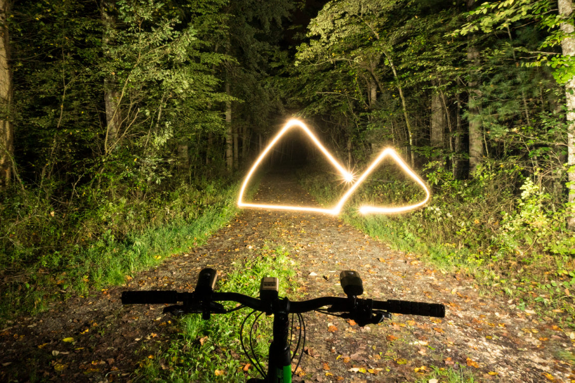 Bright Mountain Bike Light Throwdown