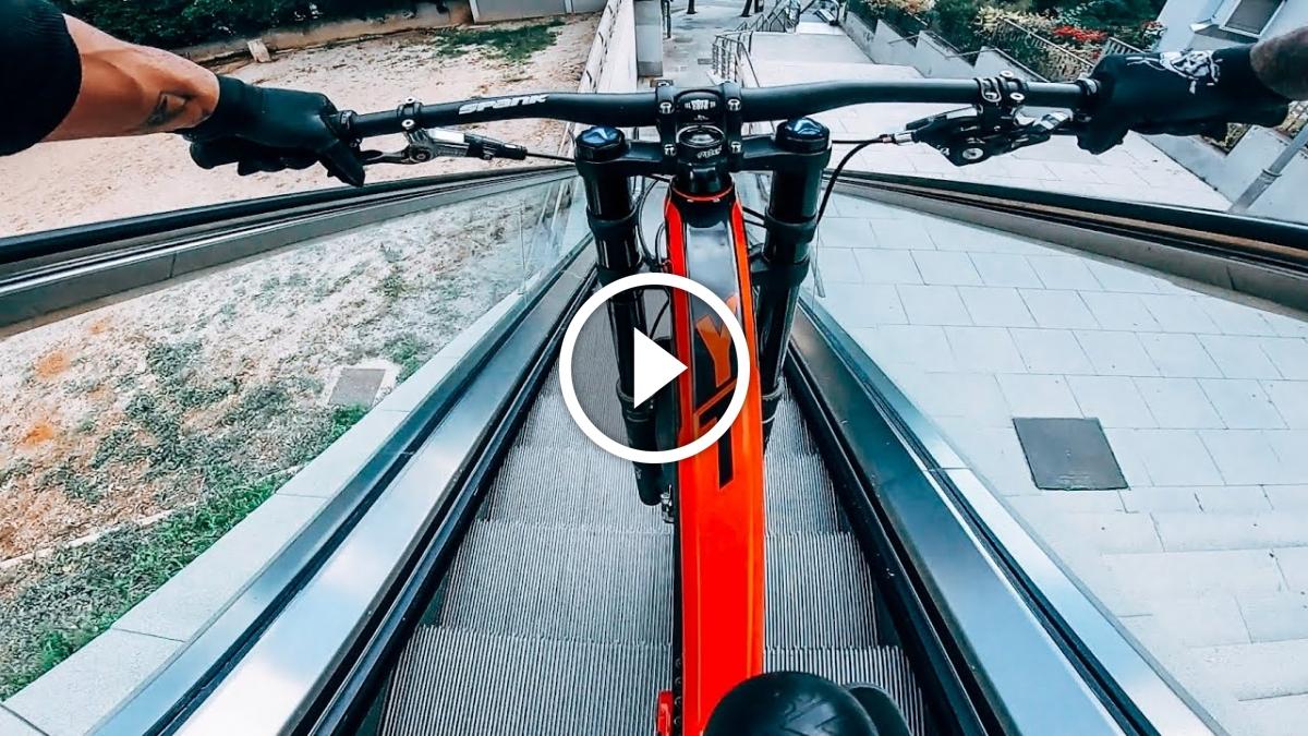 cabc81862 Watch  Urban Downhill Mountain Biking Around Barcelona - Singletracks  Mountain Bike News