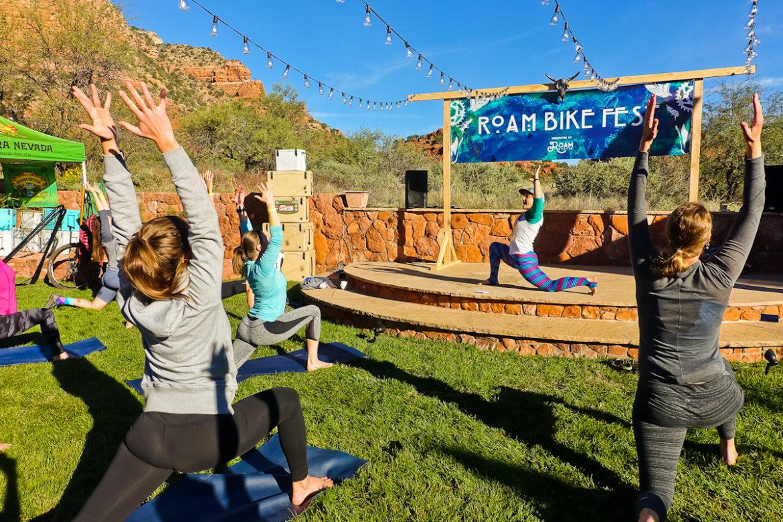 sedona-roam-mtb-festival-yoga