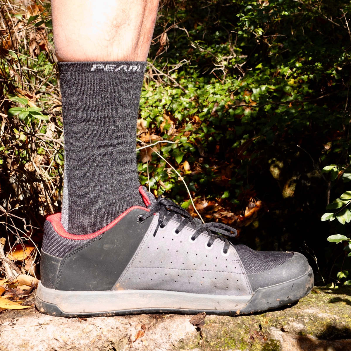 18338819b9c46 How to Choose the Best Mountain Bike Socks for the Job ...